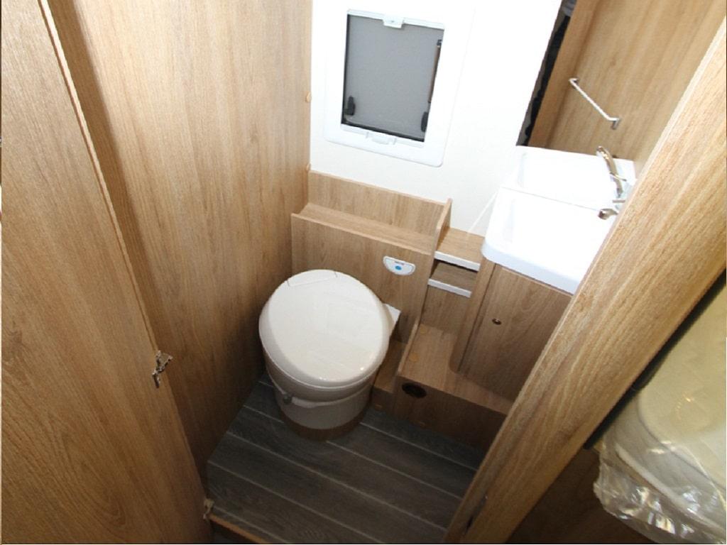 Kronos284TL Wohnmobil WC