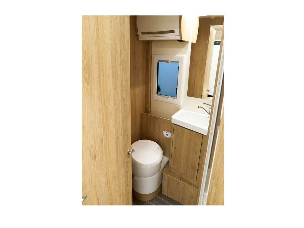 Wohnmobil Kronos 279 M WC-min