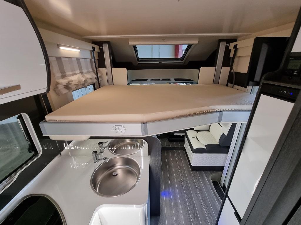 Wohnmobil Kronos 265 TL Hubbett-min