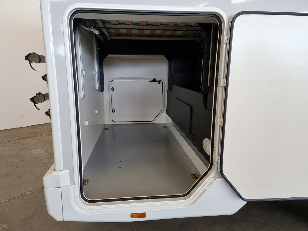 Wohnmobil Kronos 265 TL Kofferraum gross-min