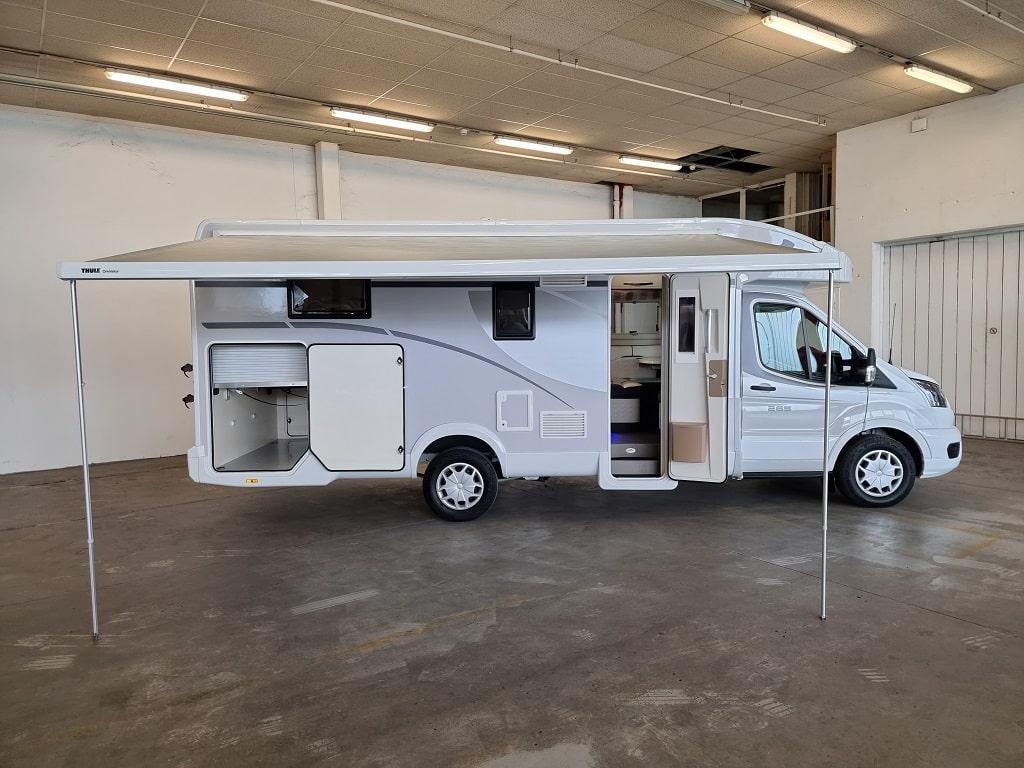 Wohnmobil Kronso 265 TL Seitenansicht-min